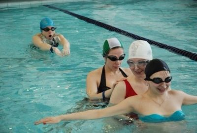 АКВАРЕЛАКС - авторская методика занятий в бассейне для беременных