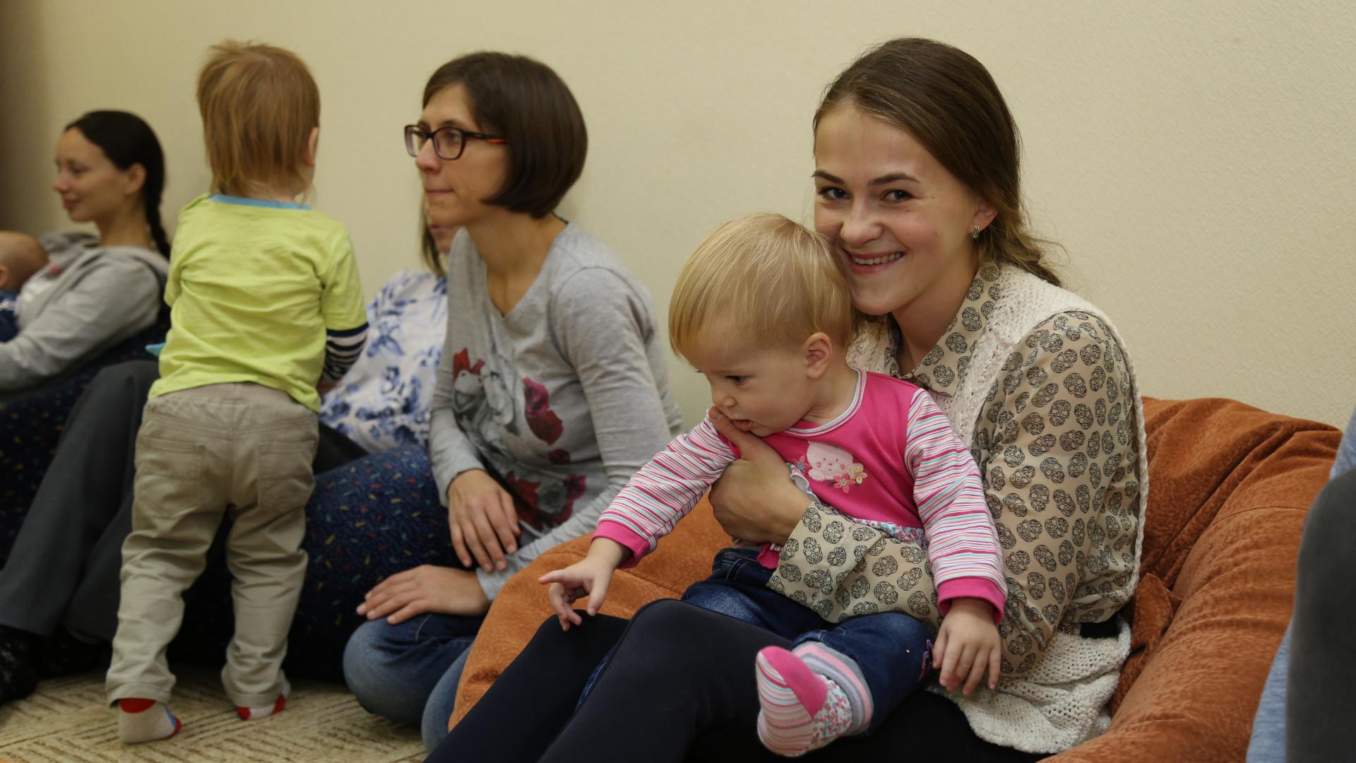 Клубные дни для беременных и мамочек с детьми